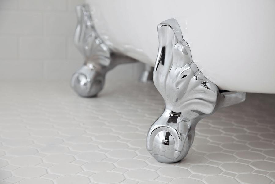 silver tub feet